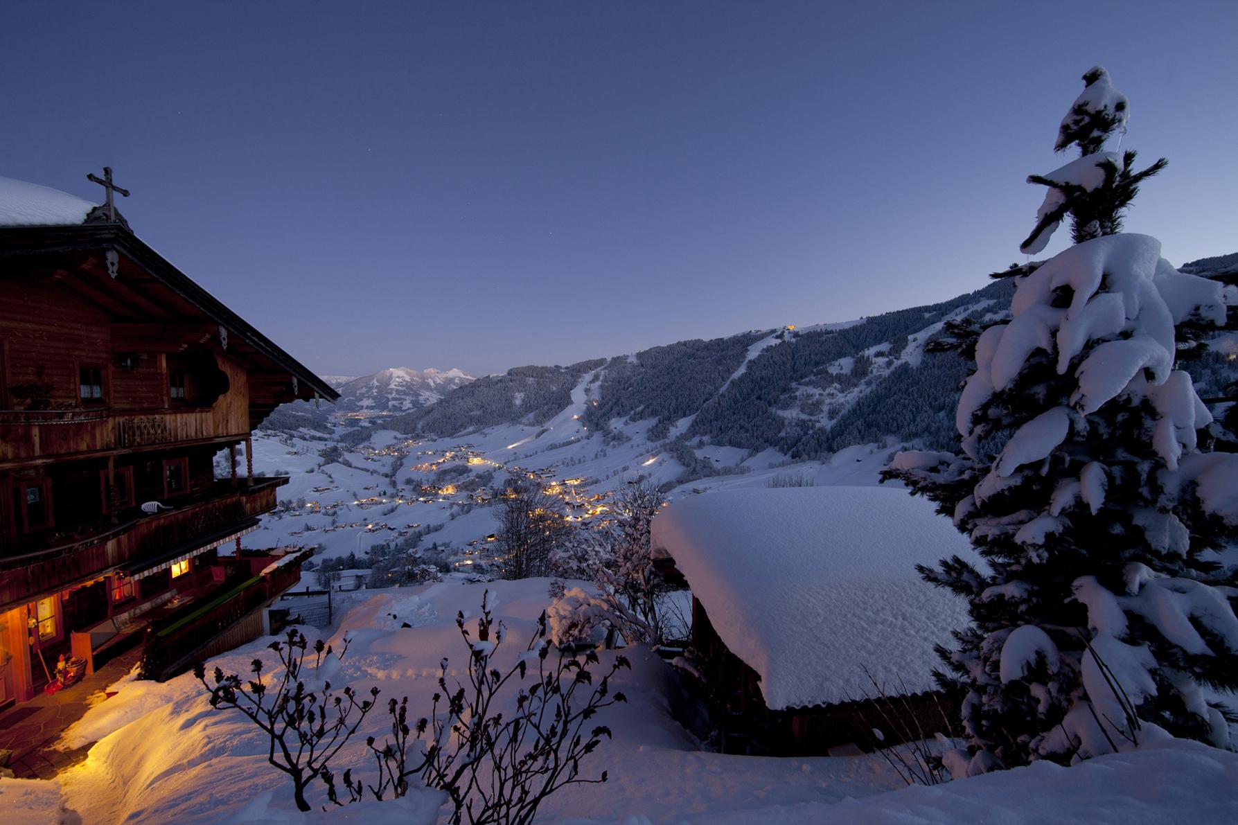 weihnachten in der wildsch nau skispa und brauchtum. Black Bedroom Furniture Sets. Home Design Ideas