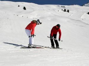 Werden ab sofort nach dem neuesten Lehrplan unterrichtet: Skianfänger am Hochzeiger.  Foto: Schneesportschule Hochzeiger-Pitztal